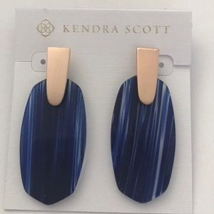 Kendra Scott navy rose gold Aragon earrings NWOT